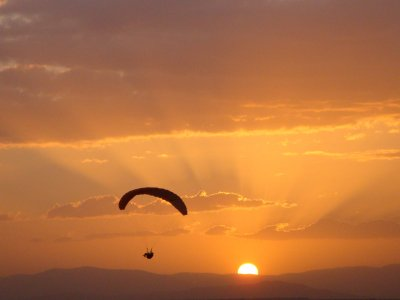 Learn Paragliding in Madrid
