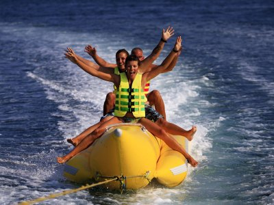 Banana boat, Moraira, 20 minutes