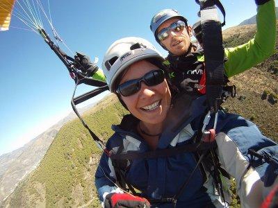 Paraglide baptism flight in Cenes de la Vega