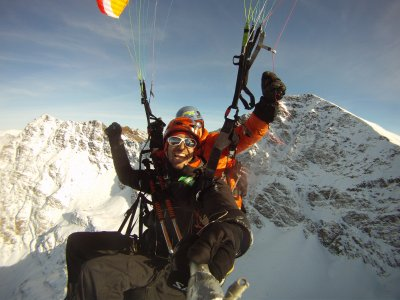 Paragliding with a World Champion Paraglider