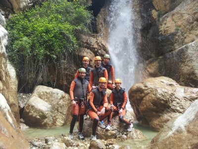 Canyoning Holy Week in Cazorla with paella