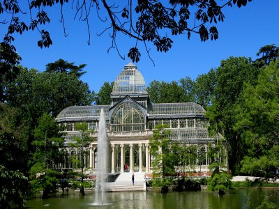 Treasure hunt in Parque del Retiro, Madrid 3h