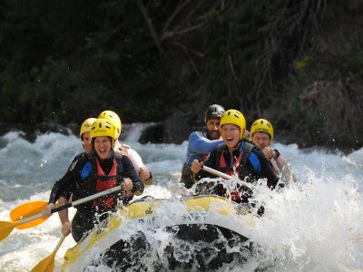 Rafting Descent from Llavorsí-Rialp 14 Km and pool