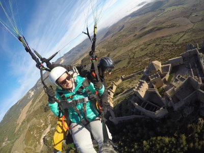 Paragliding Tandem Flight in Loarre Video & Pics