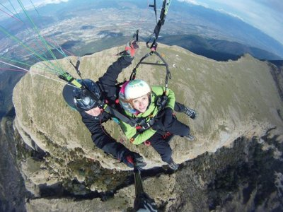 2-Seater Paragliding Tour + Photos, Panticosa