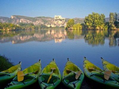 Canoeing  from Miravet to Benifallet, children