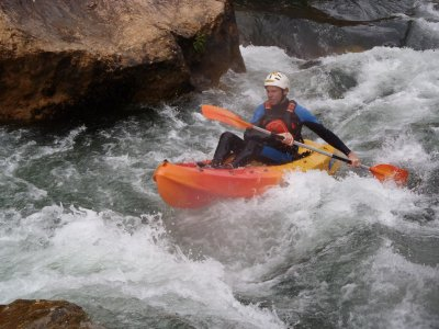 Open Kayaking in river Cabriel