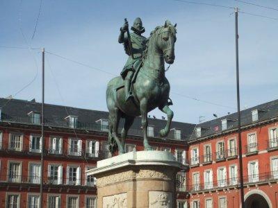 School Guided Tour Around Madrid