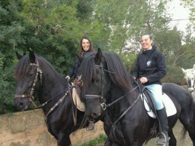 Horse ride: marsh+bbq+show