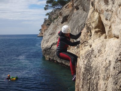 Cliffs jumping and psycoblog in Mallorca 5h