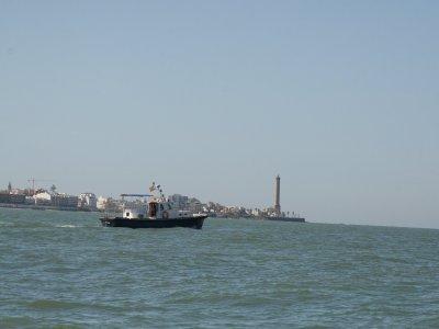 2 hours sailing boat tour in Cádiz