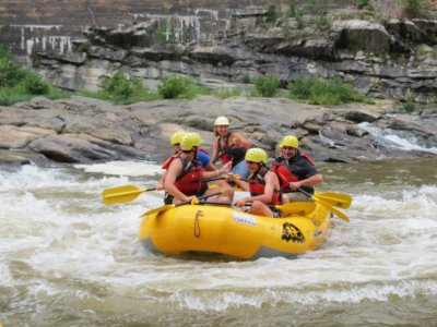Rafting and Paintball with Food in León