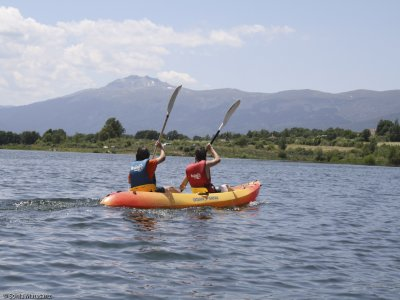 Canoeing induction in Pinilla reservoir 2 hours