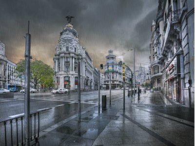 Mysteries and Tapas city tour in Madrid