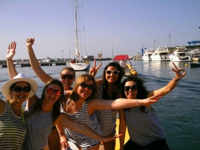 Motorboat with Patron to Tabarca and Snorkeling