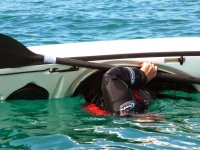 3h Learning Eskimo roll in canoe in Tormes