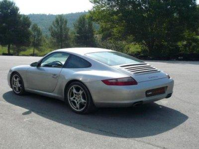 Drive Porsche 911 in Barcelona