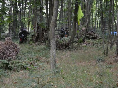 Paintball game for kids in Asturias. 96 balls ammo