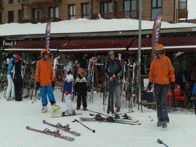 Ski lessons in Astún for kids