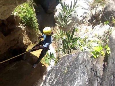 Canyoning in El Lentejí, Granada, Medium Level