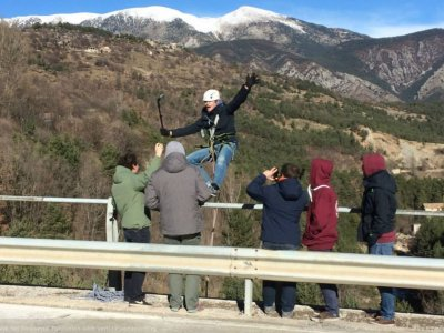 Bungee jumping near Barcelona with 2 jumps