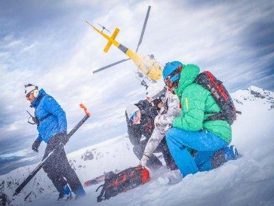 Pyrenees Heliski Esquí