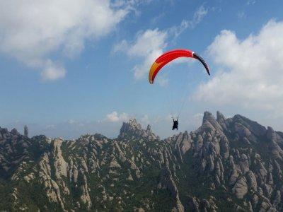 Hiking and Paraglider Flight in Montserrat
