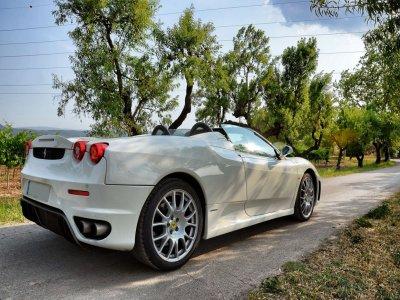Drive a Ferrari F430 in Barcelona 7 kilometers