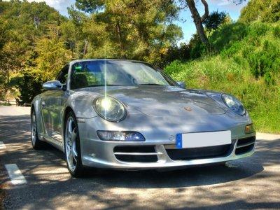 Drive a Porsche 911 in Barcelona, 20km