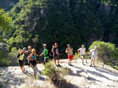 Canyoning in Garganta Verde medium difficulty