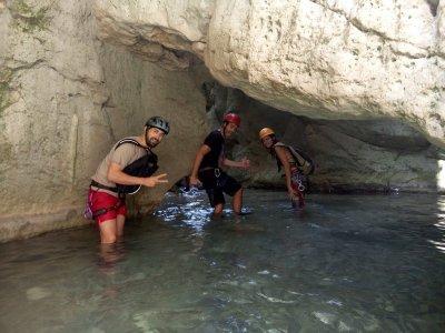 canyoning in buitreras de Gaucín intermediate