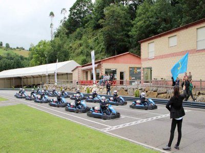 50m Karting for Bachelor Party in Soto de Dueñas