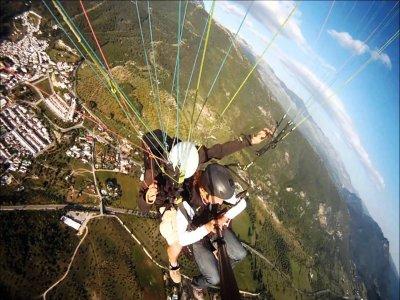 2h tandem paragliding flight in Grazalema Sierra