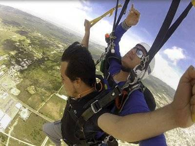 Tandem jump on parachute + DVD + Cádiz pictures