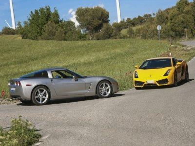 Driving a Lamborghini & Corvette C6 Valencia 14 km