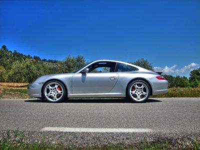 Drive a Porsche for 7 km in Barcelona