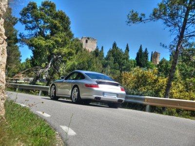 Drive a Porsche 911 in Valencia 20 Kilometerss