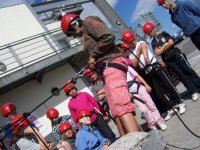 Group abseiling