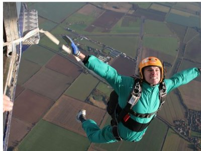 Static Line Parachute Jump in Lincolnshire