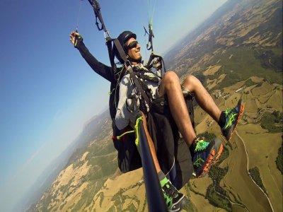 Paragliding flight in Igualada 90 minutes