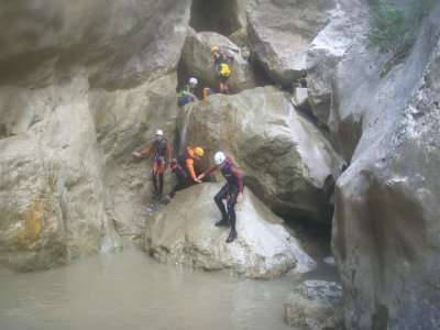 Initiation to canyoning close to Barcelona