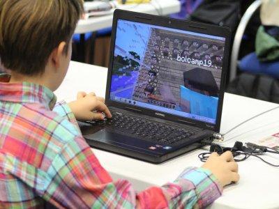 Minecraft urban camp in Bilbao