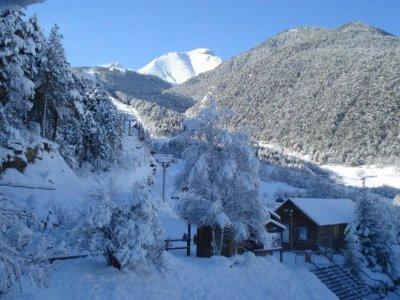 L'Escola d'Espot Raquetas de Nieve