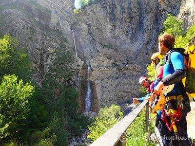 Descending the Sorrosal Canyon. Level 3