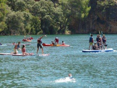 Multiadventure scholars kayaking Cuenca