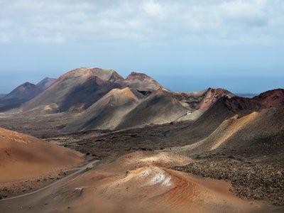 Volcanoes and vineyards route, Lanzarote, kids