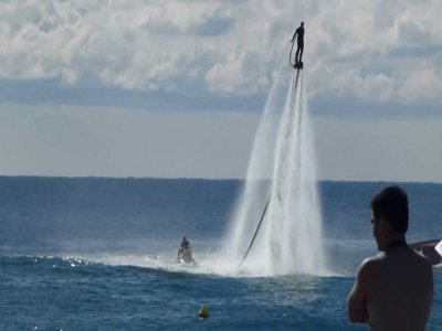 Jetpacking and Flyboarding in Ibiza, 30 minutes