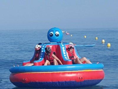 Towable giant inflatable Octopus in Torremolinos