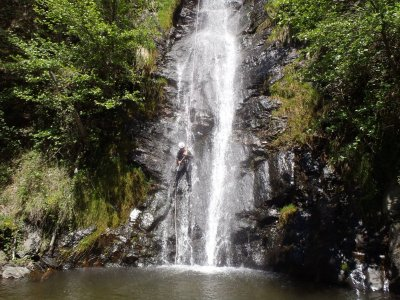 Expert level Canyoning in Escaló waterfalls