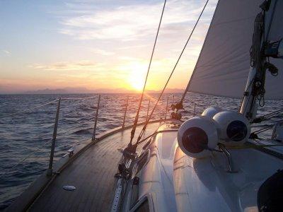 Five Star Watersports Paseos en Barco